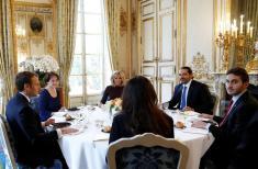 رفتار دوگانه فرانسه در قبال با ایران / از نفوذ پر رنگ اقتصادی تا توافق علیه ایران و حزب الله