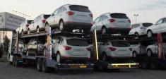 انبار گسترده خودروهای خارجی در کمرگ ایران / بیش از 10 هزار خودرو منتظر اجازه تردد هستند