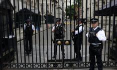 ماجرای مردی که می خواست ترزا می، نخستوزیر بریتانیا را ترور کند