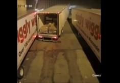 دست فرمان این راننده کامیون را حتماً تماشا کنید!!