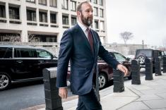 مشاور ستاد دونالد ترامپ، اتهام توطئه علیه آمریکا را پذیرفت