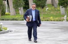 نمایندگان مجلس با شعار