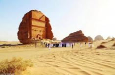 یک منطقه باستانی مخفی و دست نخورده در عربستان به روی گردشگران خارجی گشوده می شود