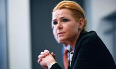 سخنان وزیر مهاجرت دانمارک، درباره مسلمانان جنجال بزرگی به پا کرد!