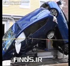 تماشا کنید : سیل وحشتناک، این بلا را سر خودروهای لوکس آورد