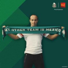 حضور کاپیتان تیم ملی آمریکا در یک تبلیغ، جنجال بزرگی به راه انداخت