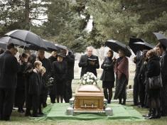 جوان 20 ساله ایی که هنگام خاکسپاری جسدش همه را شوکه کرد!
