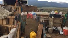داستان هولناک 11 کودک که در شرایط بسیار بد در بیابان نیومکزیکو نگهداری می شدند